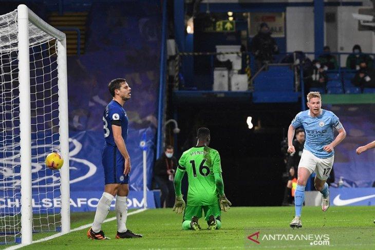 Manchester City pecundangi Chelsea 3-1 di Stamford Bridge