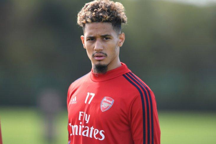 Arsenal akan pinjamkan William Saliba ke Nice karena jarang main