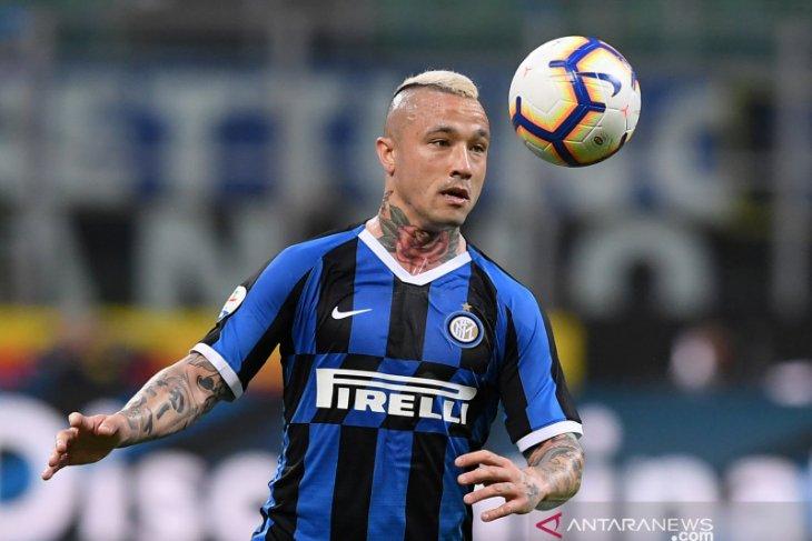 Radja Nainggolan akui tidak senang dengan perlakuan Inter Antonio Conte