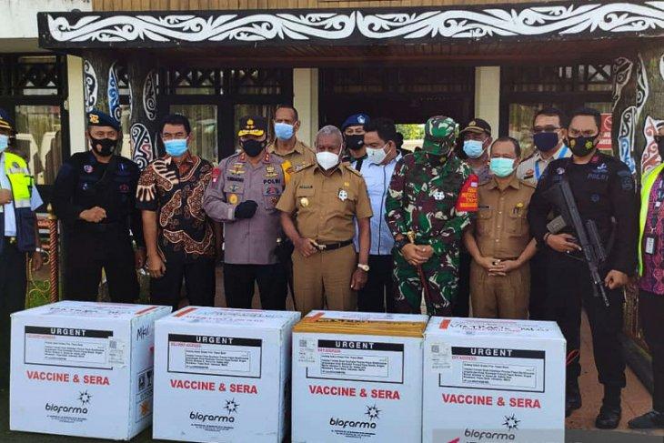Vaksin COVID-19 untuk Papua Barat tiba di Manokwari