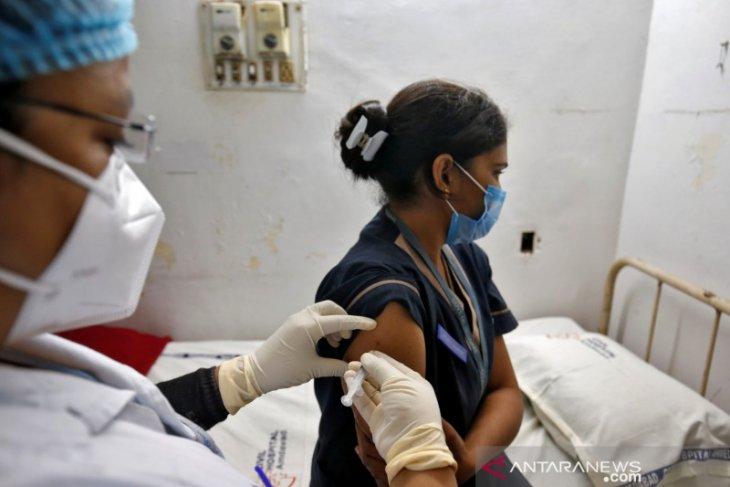 India laporkan 447 kasus 'efek samping' pasca-vaksinasi COVID-19