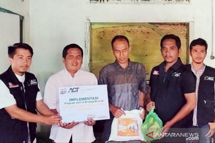 ACT Sumut salurkan bantuan kepada penyandang  tuna netra