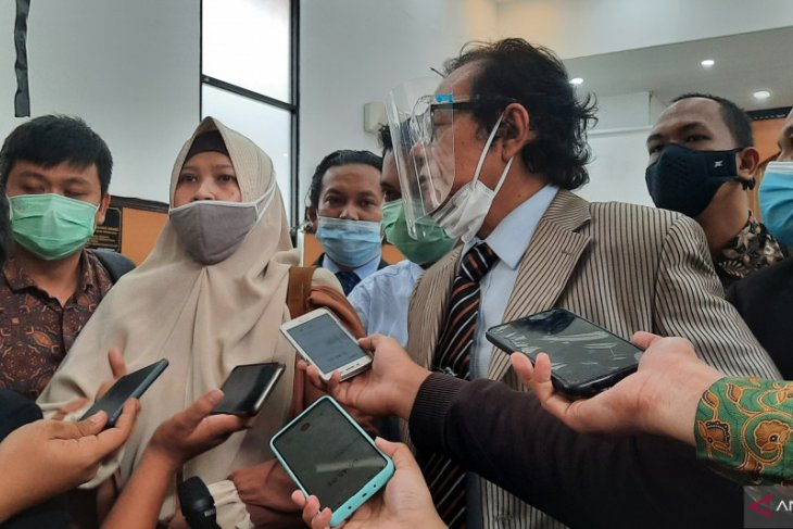 Kuasa hukum Rizieq Shihab sampaikan bukti di PN Jakarta Selatan