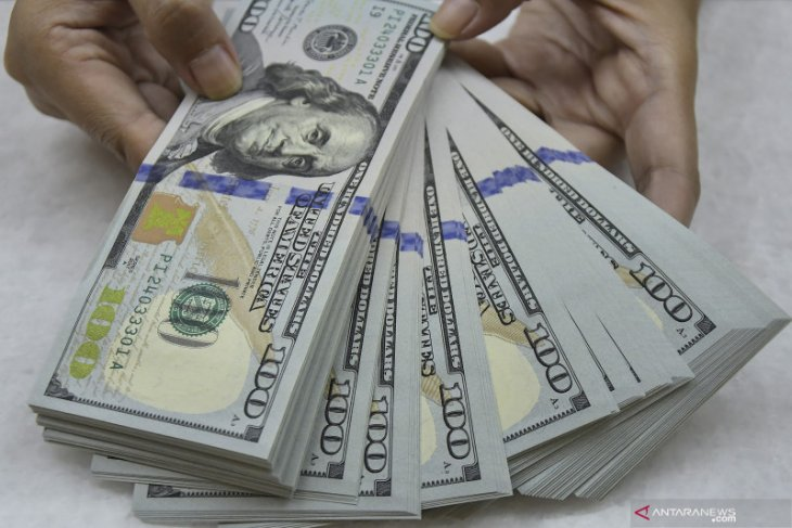 Dolar menguat tajam, terdongkrak prospek ekonomi dan obligasi AS
