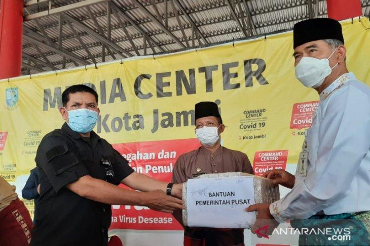 Sebelas  kecamatan Kota Jambi terima bantuan obat cegah gejala flu, batuk dan sesak