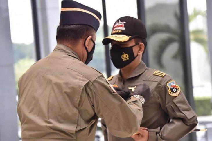 Kapolri Idham dianugerahi Wing Kehormatan Penerbang TNI AU