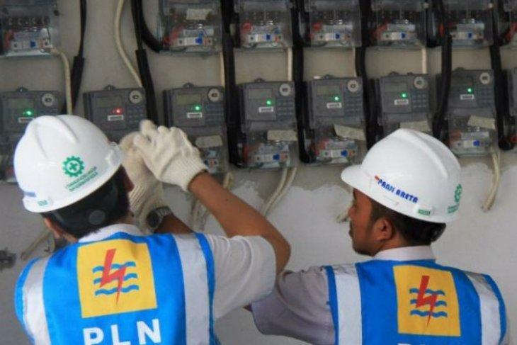 Enam juta pelanggan listrik di Jatim kembali dapat keringanan biaya