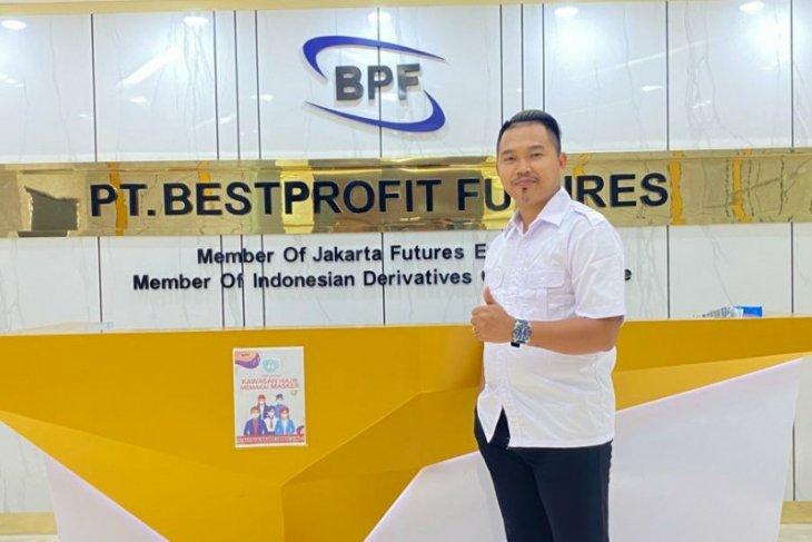 Bestprofit Futures menduduki posisi pertama sebagai pialang berjangka teraktif