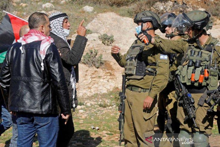 Tepi Barat, bentrokan dengan Israel dua petugas keamanan Palestina  tewas