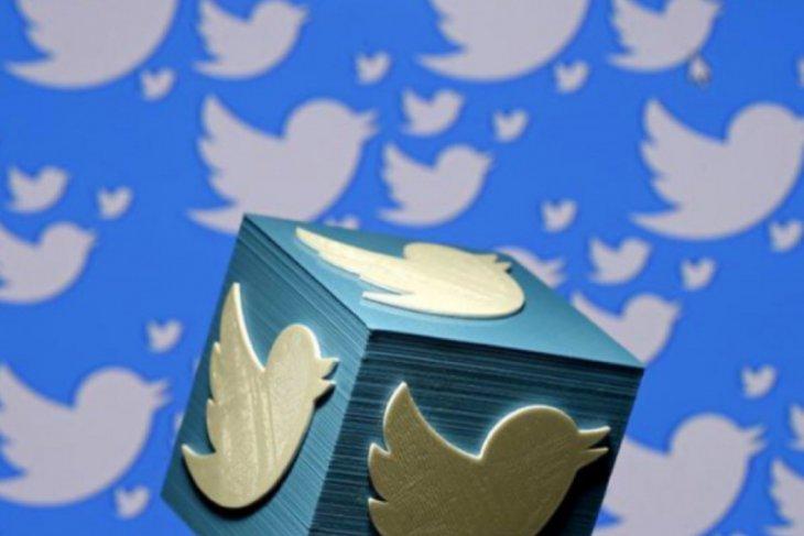 Trump kembali ke Twitter, setelah akunnya sempat dibekukan