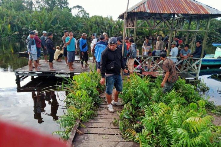Seorang kakek dikabarkan hilang di Dermaga Sungai Padang Tebakar