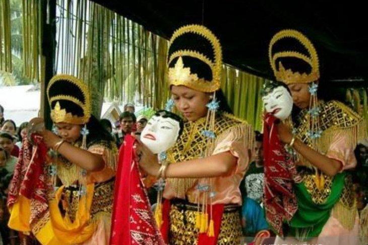 Taman Budaya Kalsel angkat kesenian Topeng Banjar
