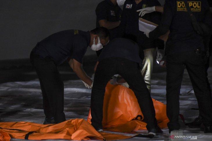 Tragedi pesawat Sriwijaya Air SJ-182 sisakan duka mendalam