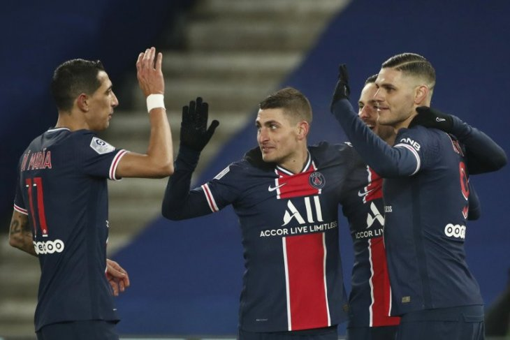 PSG lumat Brest 3-0 untuk tempel ketat Lyon di puncak klasemen