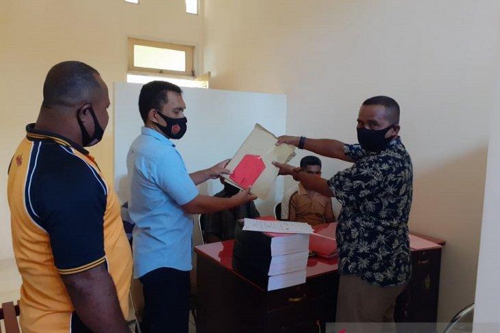 Polres Maluku Tengah  limpahkan berkas tiga tersangka korupsi  DD