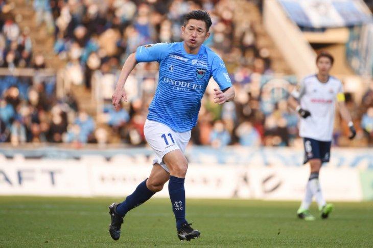 Pencegak gol tertua liga Jepang, Kazuyoshi Miura perpanjang kontrak pada usia 54 tahun