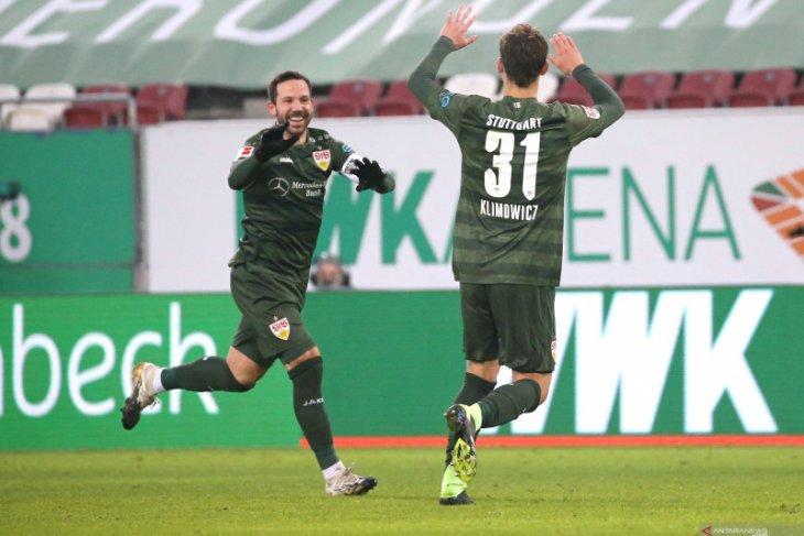 Stuttgart membawa pulang kemenangan 4-1 dari kandang Augsburg