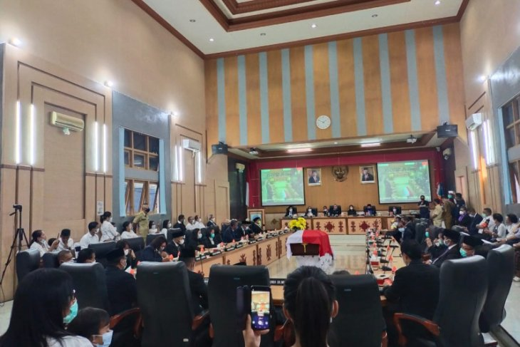 DPRD Kota Ambon gelar paripurna lepas  jenazah anggota partai Nasdem