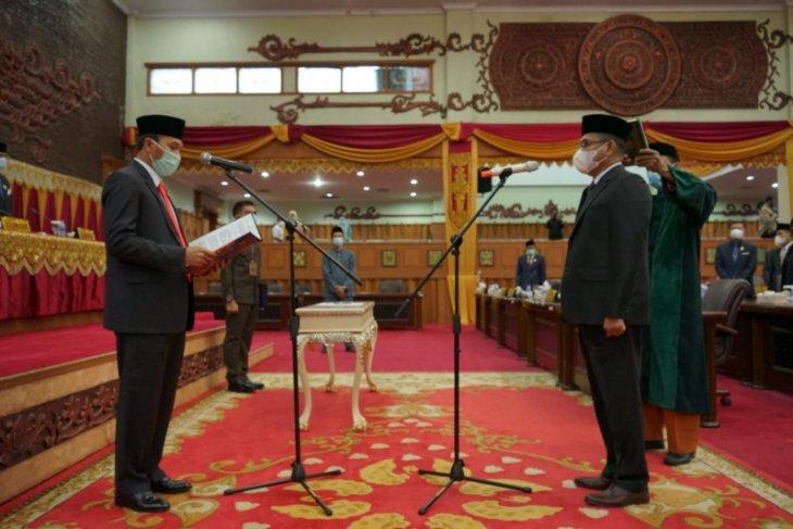 Ketua DPRD Provinsi Jambi lantik Syahruddin, PAW Anwar Sadat