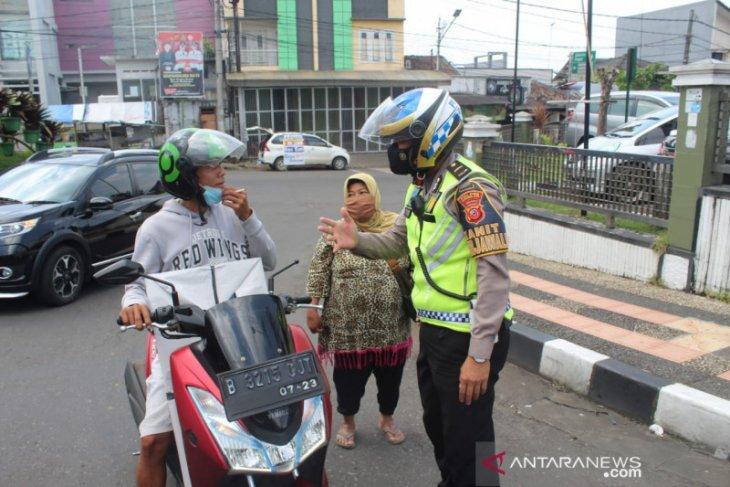 Pemkab Sukabumi terapkan  PPKM cegah penyebaran COVID-19