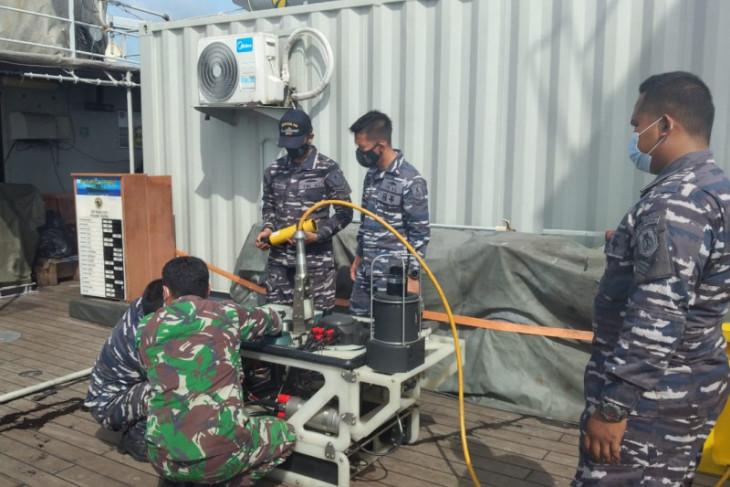 TNI maksimalkan penggunaan ROV cari kotak hitam  Sriwijaya Air
