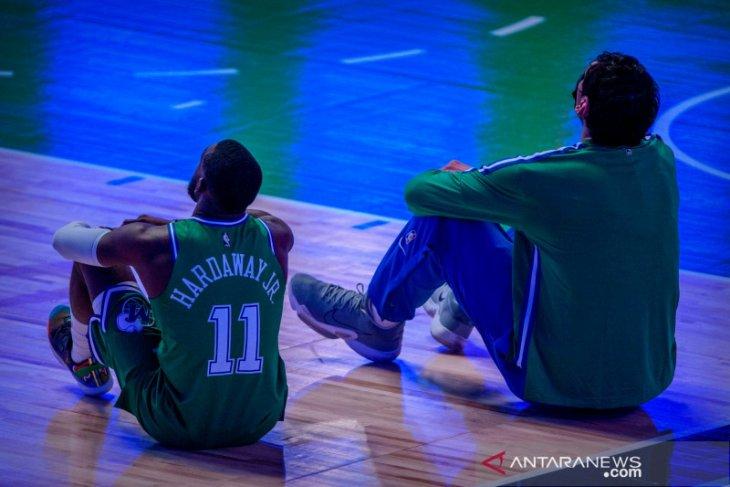 NBA tunda pertandingan di Dallas dan Chicago