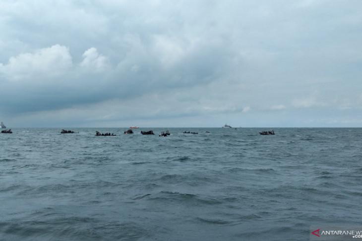 Sea Rider lanjutkan pencarian kotak hitam Sriwjaya Air