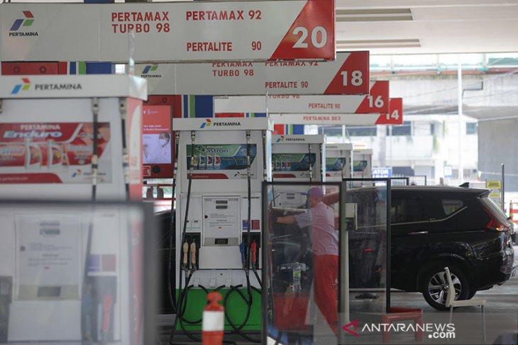 Pemerintah bisa naikkan harga BBM antisipasi minyak dunia