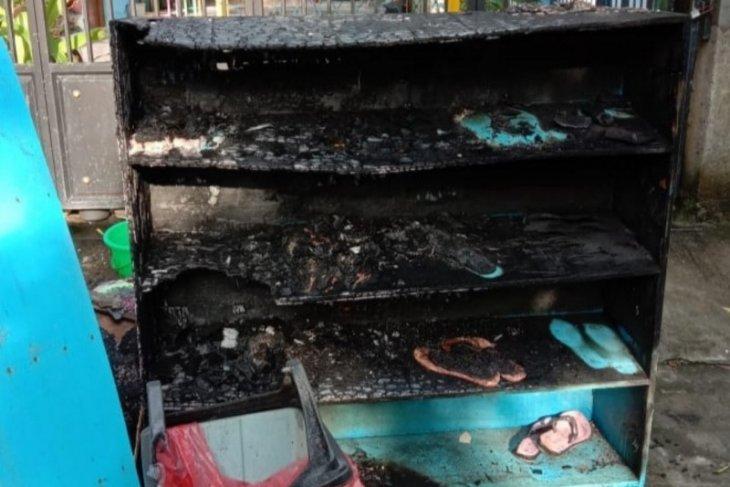 Polisi tangkap terduga pelaku pembakar rak sandal Ponpes Ma'had Al-Furqon Lamongan