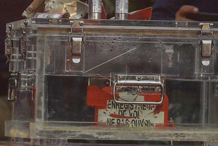 Black Box Sriwijaya Air ditemukan