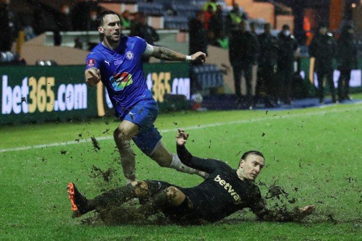West Ham kalahkan Stockport 1-0 dan lolos babak keempat Piala FA
