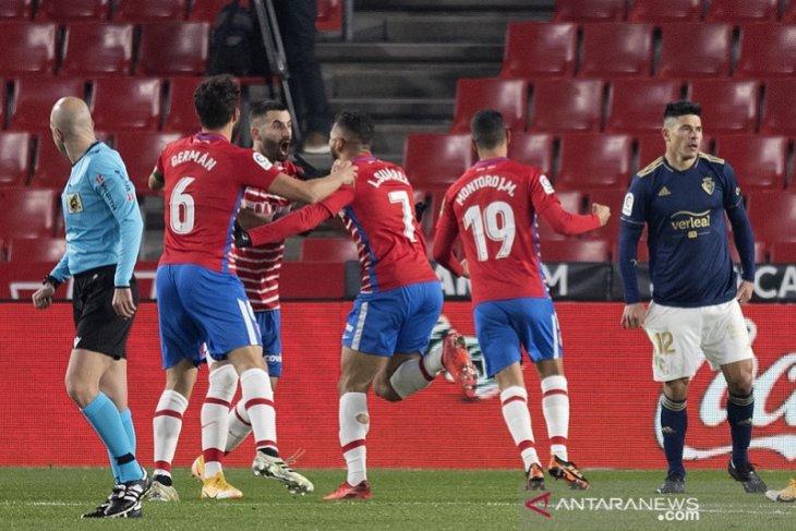 Granada kembali ke jalur kemenangan setelah menundukkan Osasuna
