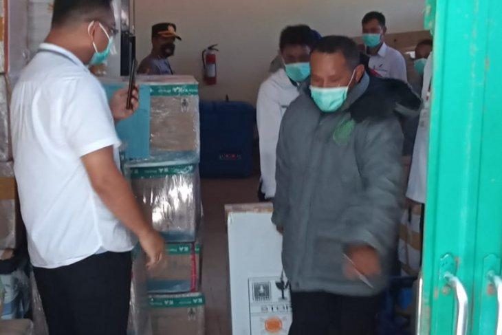 Bupati dan Wali Kota kelompok perdana vaksinasi COVID -19