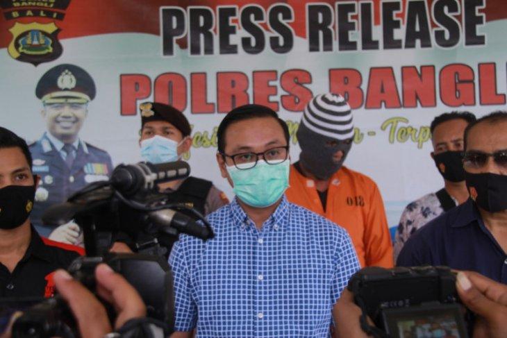 Polres Bangli bekuk penjudi sabung ayam