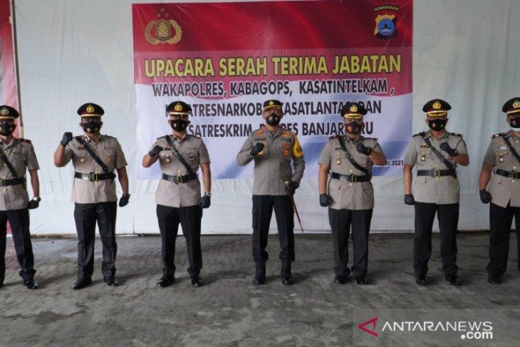 Wakapolres dan lima PJU Polres Banjarbaru berganti
