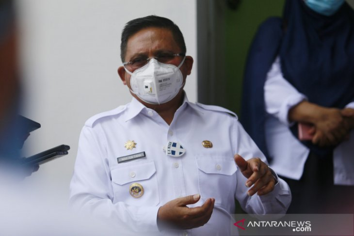 Dinkes Provinsi serahkan 4.650 dosis vaksin ke Kota Gorontalo