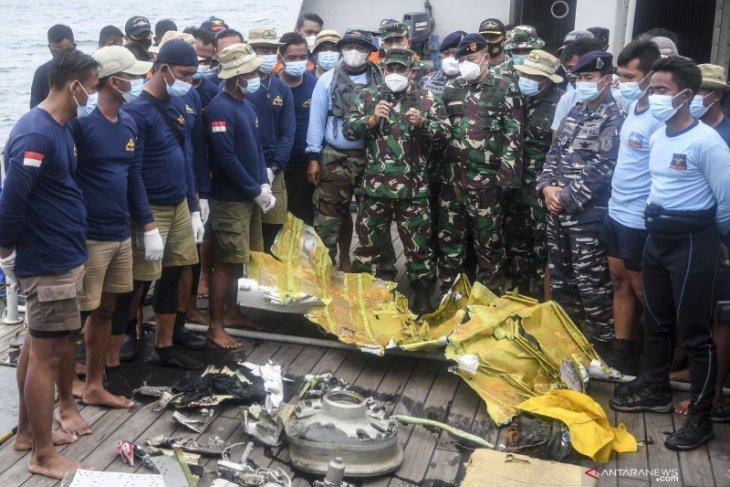 Pencarian korban dan pesawat Sriwijaya Air hari keenam libatkan 268 penyelam