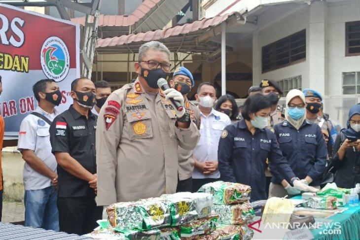 Polrestabes Kota Medan tembak mati bandar narkoba asal Surabaya