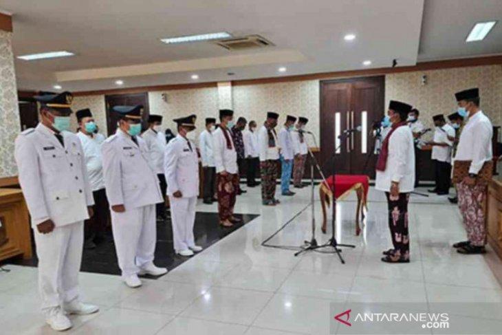 Bupati Bekasi melantik lima kepala OPD hasil seleksi terbuka