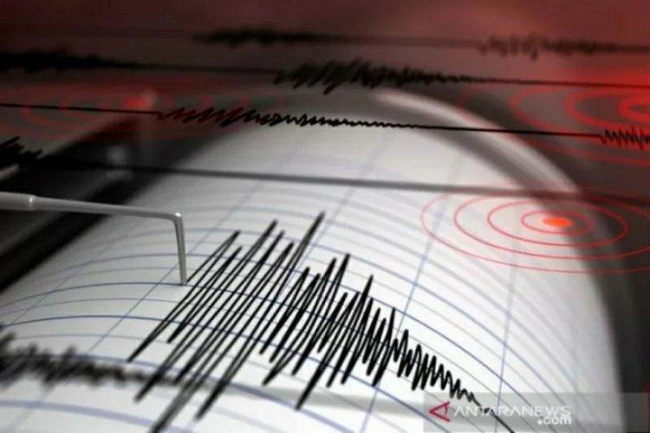 Kantor Gubernur Sulbar runtuhh akibat gempa bermagnitudo 6,2
