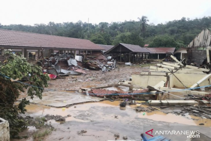 HST flood: Five bodies found, many houses damaged in Hantakan