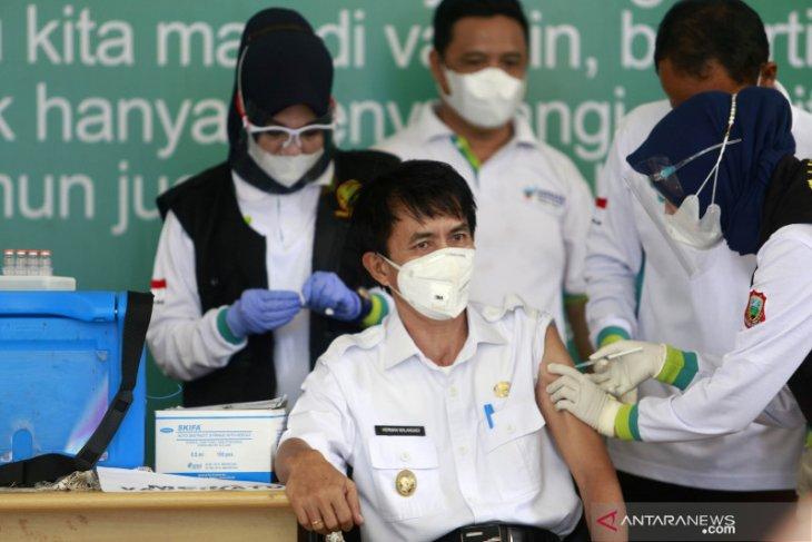 Wakil Bupati Gorontalo ajak masyarakat ikuti vaksinasi COVID-19