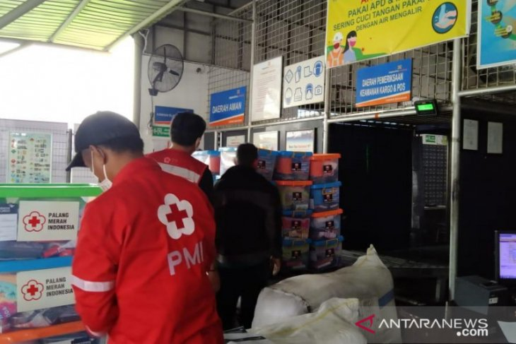 PMI distribusikan ribuan logistik bantuan ke lokasi terdampak gempa Sulbar