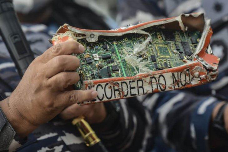 Penemuan kotak penyimpanan memori CVR Sriwijaya Air