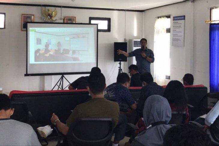 Petugas Bea Cukai Badau dibekali ilmu jurnalistik promosikan daerah