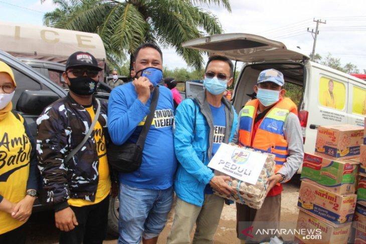 KNPI dan AMPI Batola bantu korban banjir