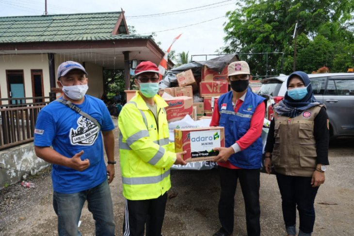Adaro and partners provide assistance for Tabalong and HST