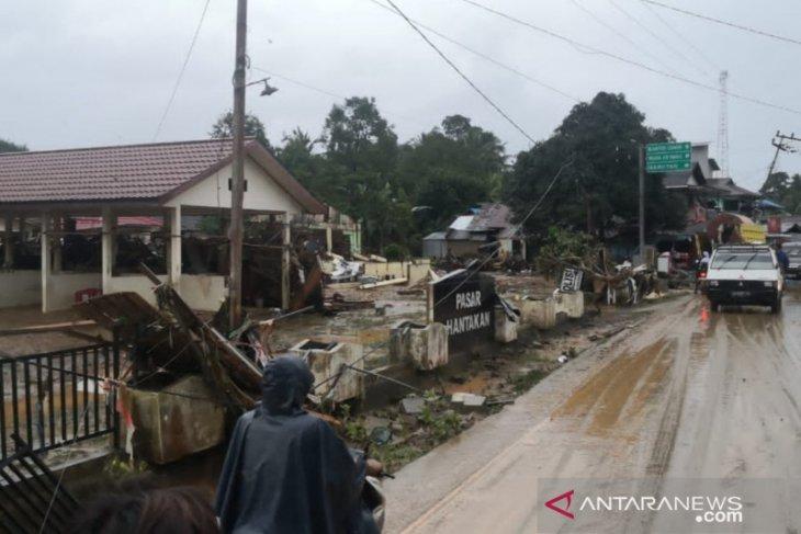 Video Banjir HST - Desa Alat dan Hantakan porak-poranda akibat diterpa banjir bandang