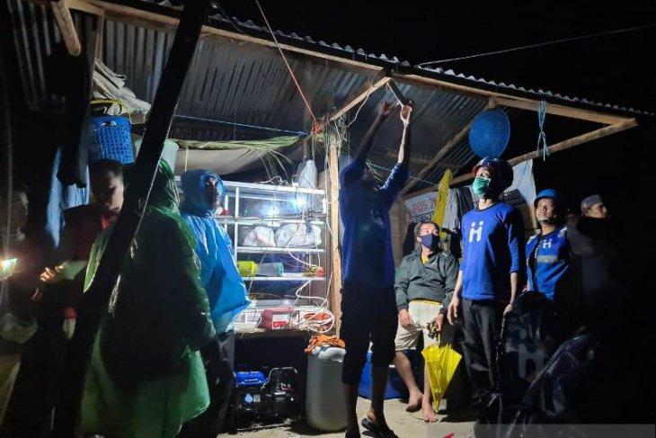 Human Initiative terobos jalan berbatu, beri bantuan gempa Sulawesi Barat