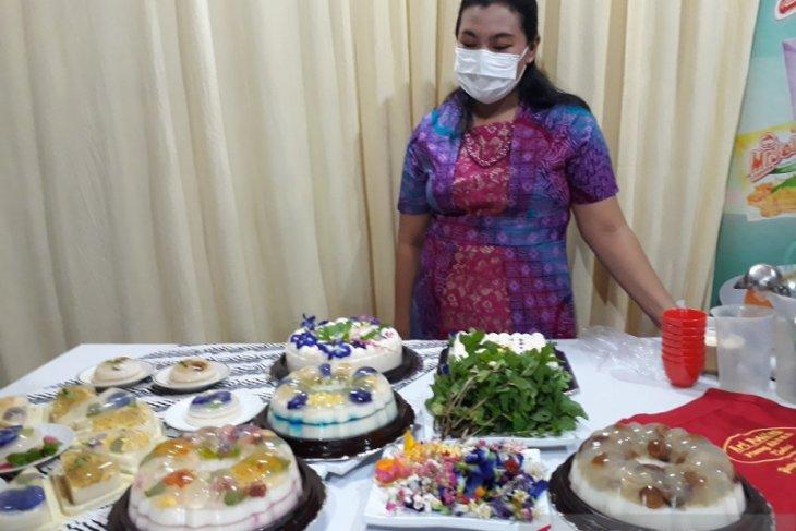 Ada puding edible flower, laku keras saat pandemi